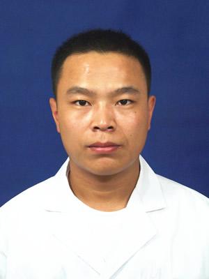 康复治疗中心副主任:陈勇